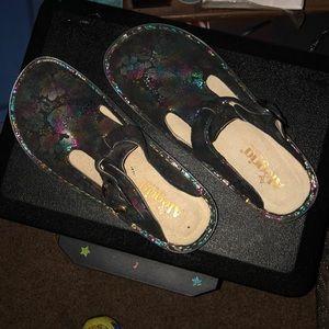 Algeria nursing shoes
